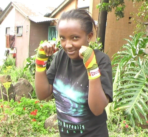 thumb_BG Kenya_woman boxer hands