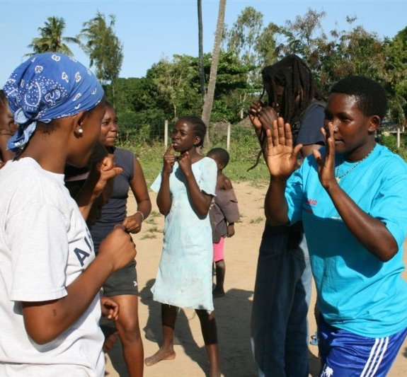 thumb_bg kenya boxing exercise_Kilifi_Moving goalposts